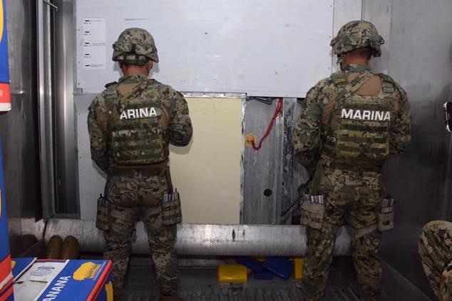 Decomisan 60 kilos de cocaína a bordo de un buque en Manzanillo, Colima . (Noticieros Televisa)