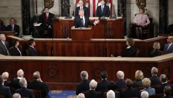 El 69% de la audiencia, mayoritariamente republicana según CNN, dijo que las políticas de Trump dirigen al país por buen rumbo. (AP)