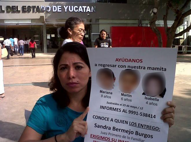 Emma Gabriela Molina Canto busca a sus hijos que le fueron arrebatados; la mujer fue asesinada (Twitter @darwinfranco)