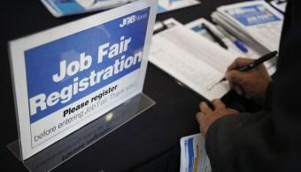 La creación de empleos en Estados Unidos se aceleró más de lo previsto. (Getty Images)