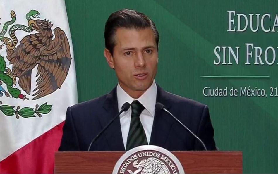 Peña Nieto promulga reforma educativa en apoyo a 'dreamers'