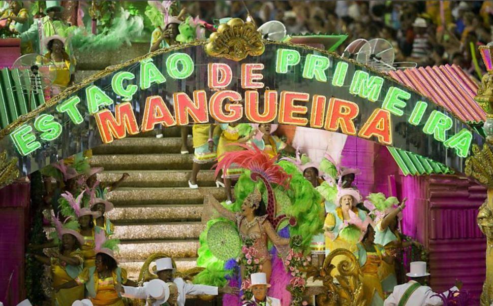 """El director artístico de Mangueira, Leandro Vieira, expresó su descontento con la decisión de la escuela, cuyo desfile, dijo, levantó la bandera de """"la comunión y la no intolerancia"""". (Redes sociales)"""