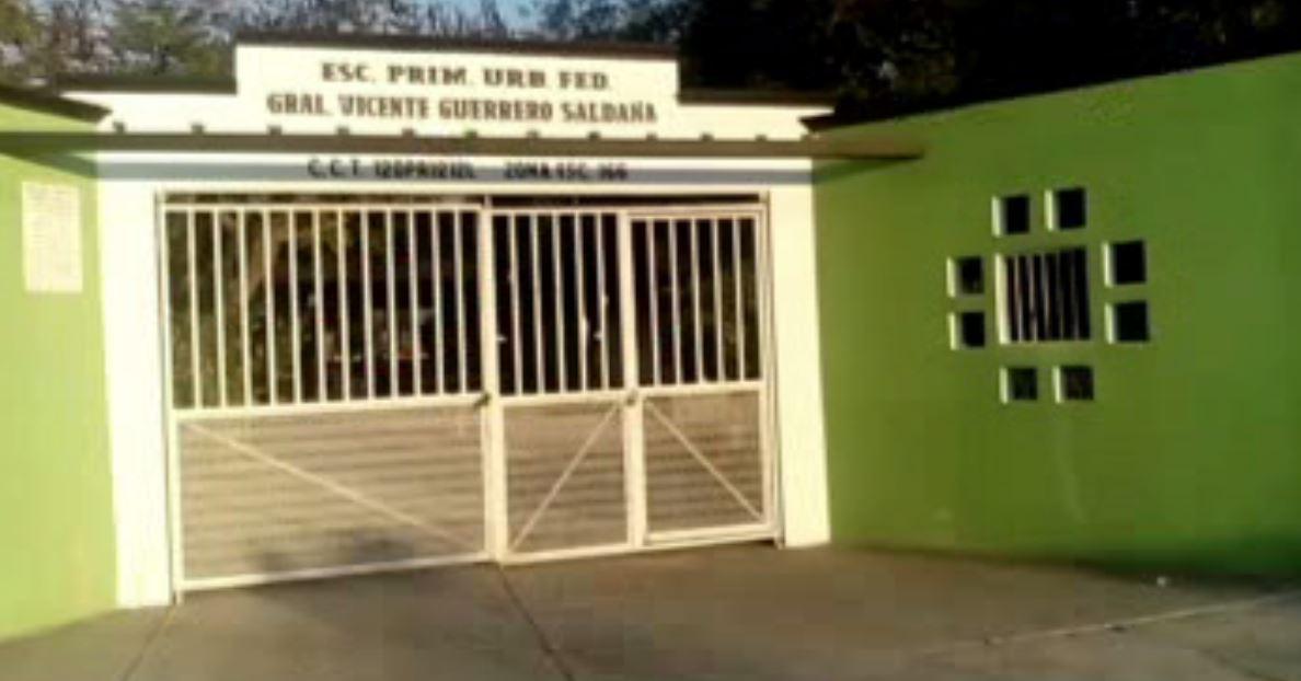 Escuelas en San Miguel Totolapan, Guerrero, cerradas por inseguridad. (Noticieros Televisa)