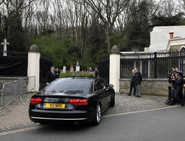 Realizan el funeral de George Michael en el cementerio de Highgate en Londres, Gran Bretaña (Reuters)