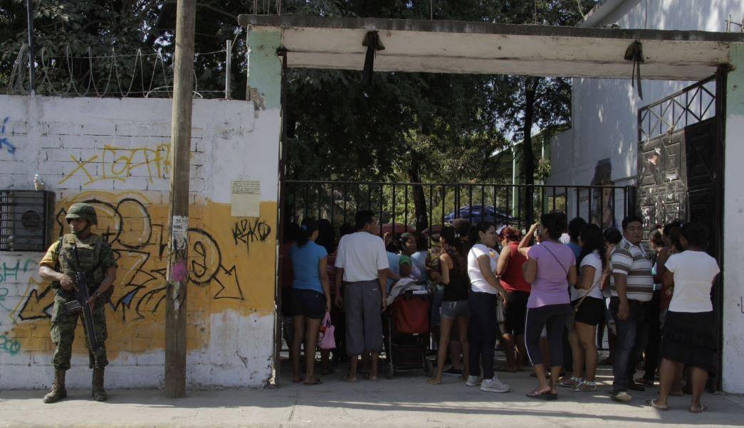 """El acuerdo se logró luego de que el grupo de autodefensa """"Movimiento por la Paz"""" agendaran una reunión con el gobernador del estado, Héctor Astudillo (Twitter/@DedoDeGuerrero)"""