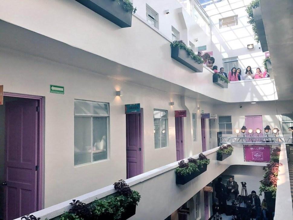 El antiguo hotel Buenavista es un refugio temporal para personas en situación de calle. (Twitter @GobCDMX)