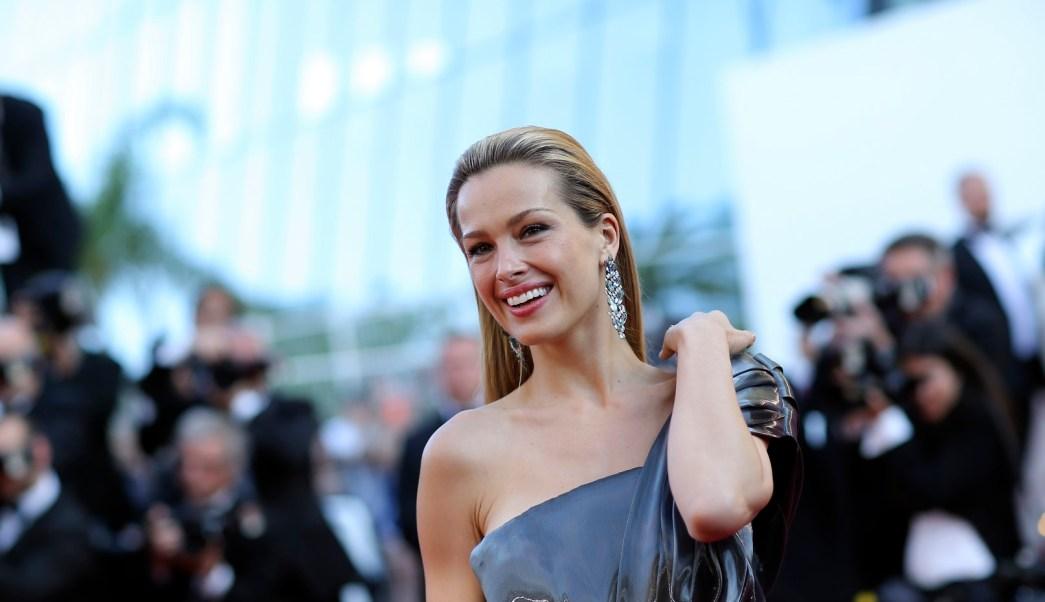 La modelo Petra Nemcova sobrevivió al tsunami ocurrido en el 2004 en Tailandia. (Archivo/AP)