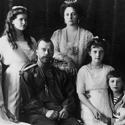 Rusia conmemora 100 años del fin de la monarquía