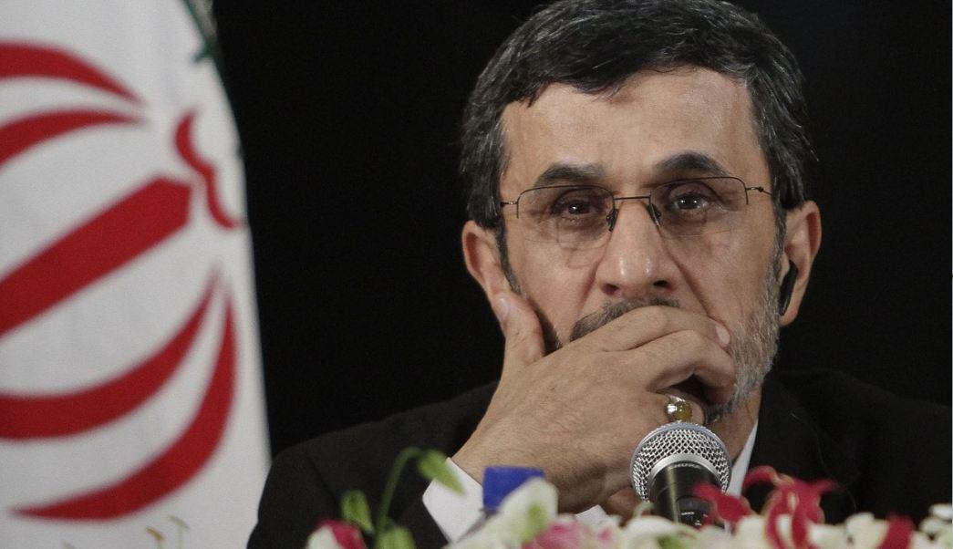 Ahmadineyad insiste que el aumento al presupuesto militar de EU significa la guerra. (AP)