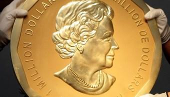 La moneda de oro 'Big Maple Leaf' en el Museo Bode de Berlín (Reuters)