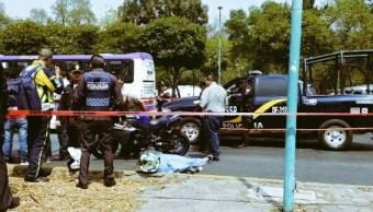 Un motociclista fue asesinado con arma de fuego en la avenida Fray Servando Teresa de Mier. (@alertasurbanas)