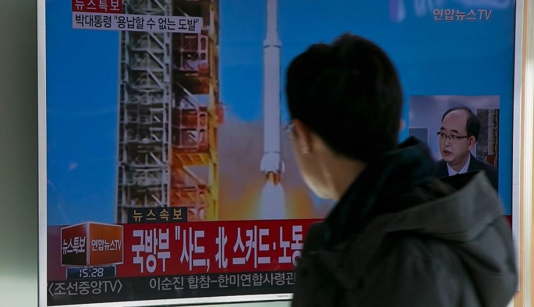 México condena el lanzamiento de misiles balísticos de Corea del Norte.