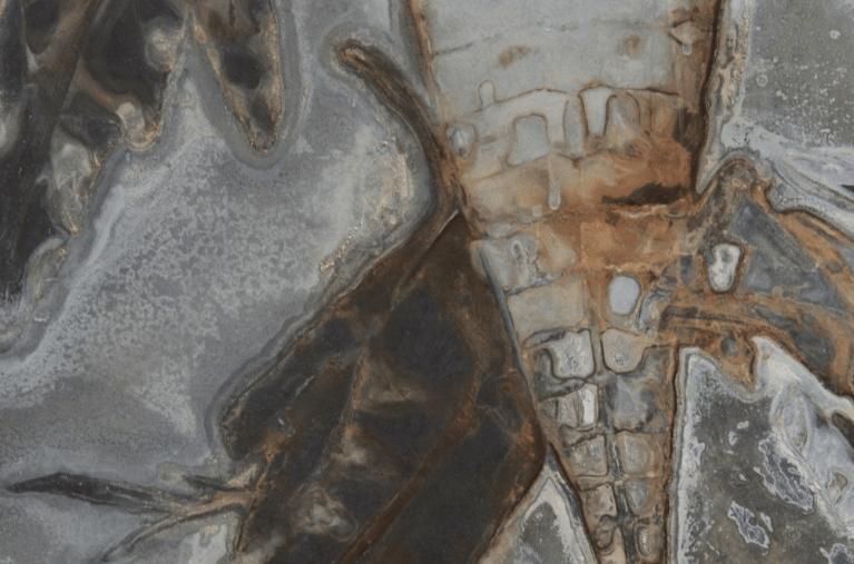 La obra del pintor oaxaqueño Sergio Hernández trasciende los procesos creativos, las técnicas, los materiales y los soportes. (Foto: galeriacasalamm.com.mx)