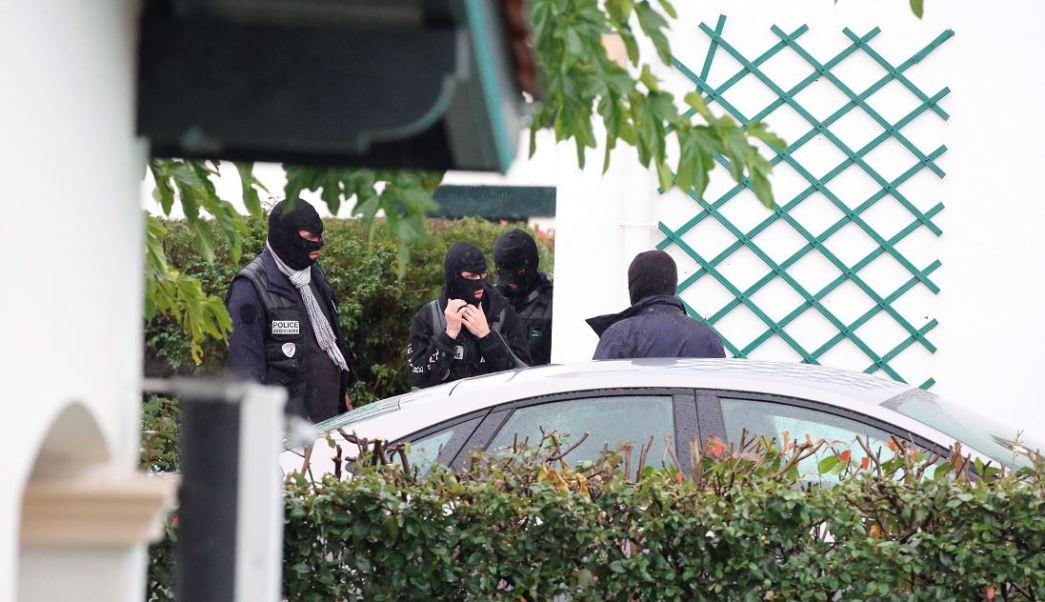 La policía francesa detiene al líder del grupo militante vasco ETA, (AP)