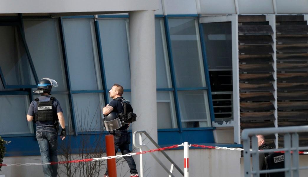 La fiscal afirmó que ninguno de los heridos formaba parte de sus objetivos del joven (Reuters)