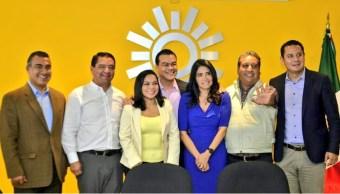 Alejandra Barrales, presidenta del PRD, se reúne con precandidatos a la gubernatura del Estado de México de ese partido; cancelan las elecciones para definir al contendiente (Twitter @PRDMexico)