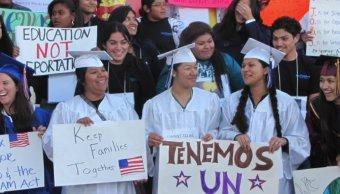 Republicanos proponen ciudadanía para jóvenes indocumentados.