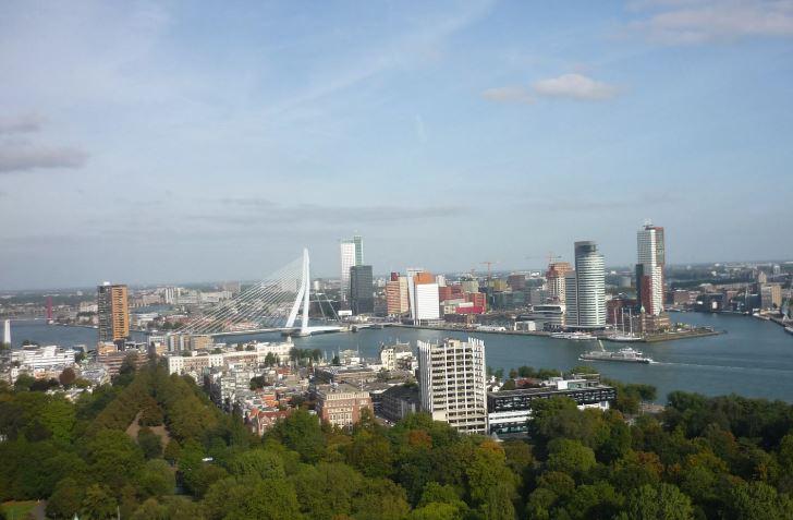 Fotografía que muestra la ciudad holandesa de Rotterdam. (Entretantomagazine/archivo)