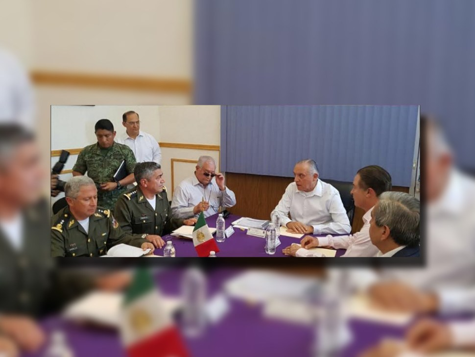 Salvador Cienfuegos y Quirino Ordaz Coppel analizan estrategia para reforzar la seguridad en Sinaloa (Twitter @S_Cienfuegos_Z)