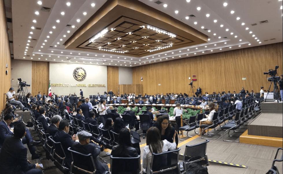 Sesión el Consejo General del INE. (@INEMexico)