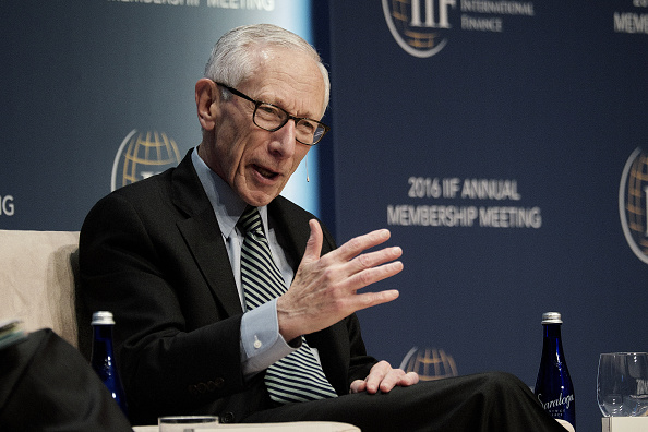 Stanley Fischer, vicepresidente de la Reserva Federal, se suma a las voces que piden aumento de tasas de interés. (Getty Images)