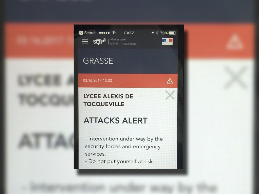 Gobierno francés envía una alerta por un ataque en una escuela secundaria en Grasse, al sur de Francia. (AP)