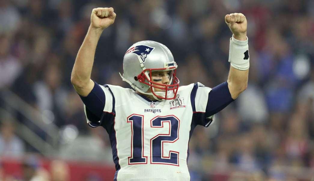 Tom Brady aseguró estar feliz por la localización de sus jerseys.