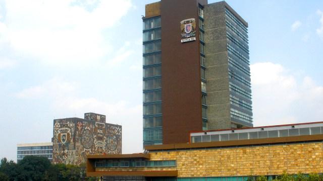 Rectoría y Biblioteca Central de la UNAM; la institución capta más de 5 mil millones de pesos de ingresos durante el 2016 (dgcs.unam.mx)