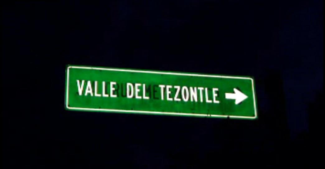 Jóvenes se extravían en la zona del valle del Tezontle, en el Ajusco; las autoridades localizan a una joven, permanecen dos más perdidos (Noticieros Televisa)
