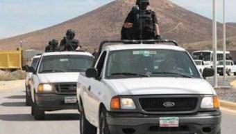 Realizan un operativo personal militar y policías federales en la carretera federal 54, tramo Zacatecas-Saltillo (Twitter @SSP_Zac)