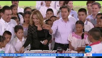Enrique Peña Nieto, Reforma educativa, Regalo, Niños, Festeja, Día del niño