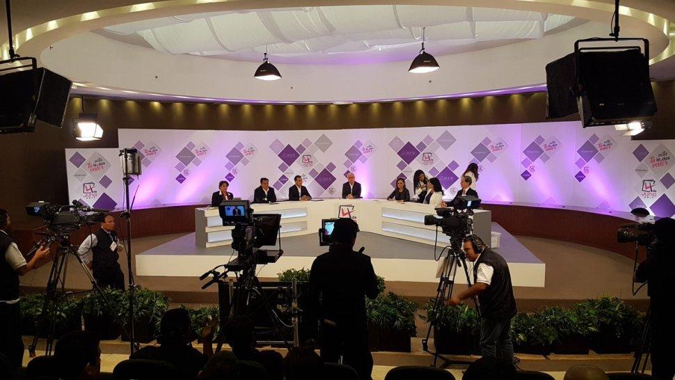 Candidatos a la gubernatura del Edomex tienen su primer debate oficial. (Twitter @IEEM_MX)