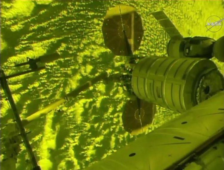 El carguero Cygnus transportó 3.6 toneladas de artículos de primera necesidad. (@NASA)