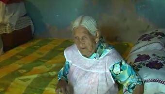 Retiran ayuda a mujer de 116 años de edad en Tlaquepaque, Jalisco. (Noticieros Televisa)