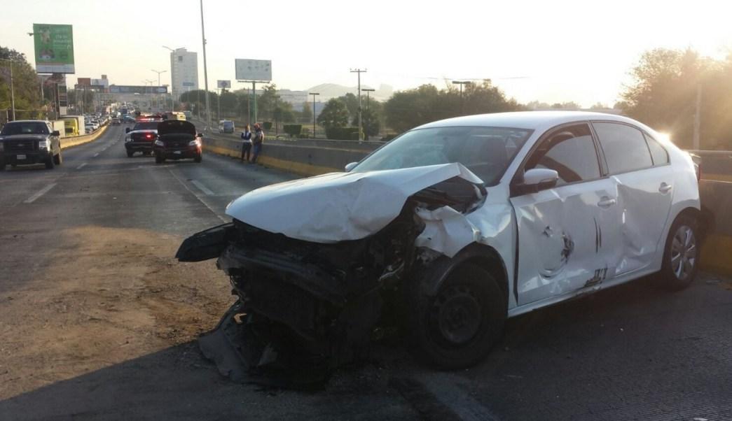 Tres personas resultaron lesionadas, ninguna de gravedad. (Twitter @TelevisaGDL)