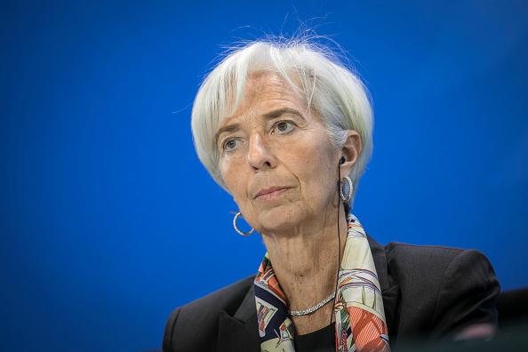 Christine Lagarde, directora gerente del FMI, advirtió que las políticas erróneas podrían frenar el impulso económico. (Getty Images)