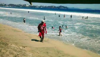 Durante la semana de Pascua el saldo permanece blanco en playas, sin embargo, los guardavidas han rescatado a 120 bañistas, la mayoría en Manzanillo. (Twitter@PC_Colima)