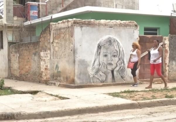Los murales son una vista inusual en una Cuba donde los espacios públicos están estrictamente controlados (Reuters)