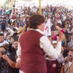La candidata de Morena a la gubernatura del Estado de México, Delfina Gómez Álvarez, presenta una impugnación al decreto que permite al actual gobierno mexiquense el reparto de 67 programas sociales durante el actual proceso electoral. (Twitter@delfinagomeza)