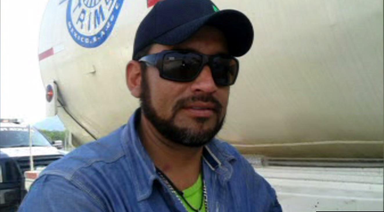 Persona detenida por transportar 45 mil litros de gasolina ilícitos en Linares, Nuevo León (Noticieros Televisa)