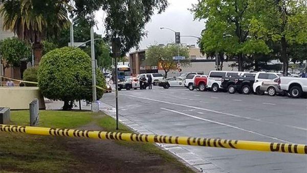 El periódico local The Fresno Bee aseguró que el sospechoso del tiroteo fue detenido.