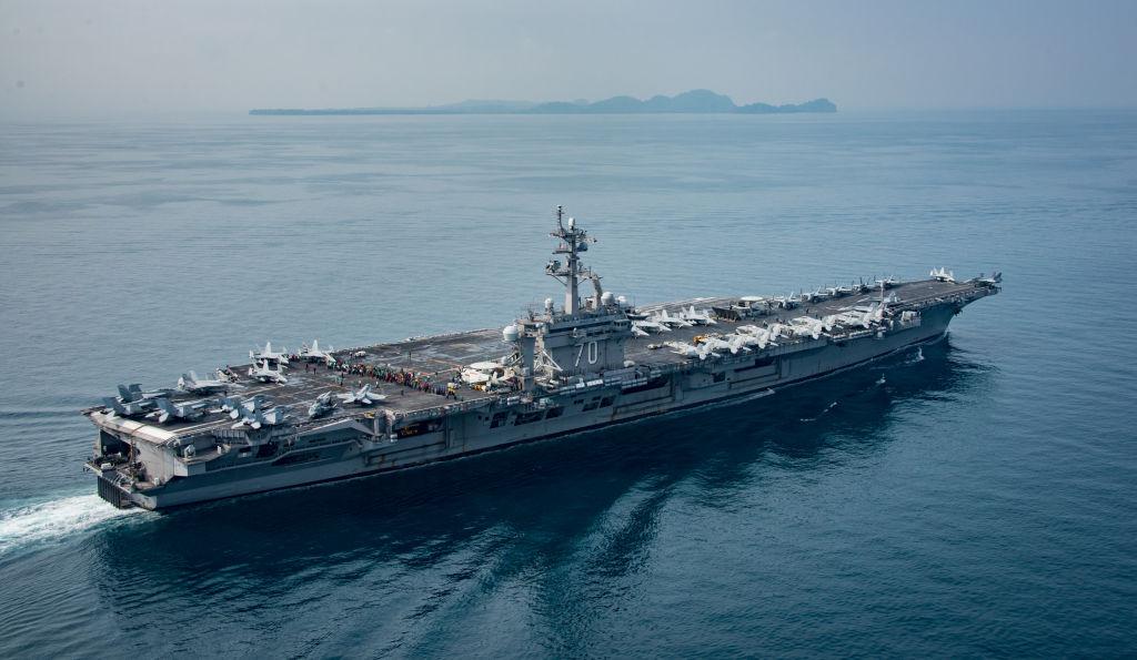 El portaaviones USS Carl Vinson se dirige a la península coreana.