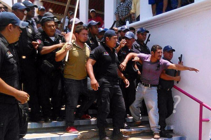 Hasta el momento, las autoridades no han informado de lesionados o detenidos. (Noticieros Televisa )