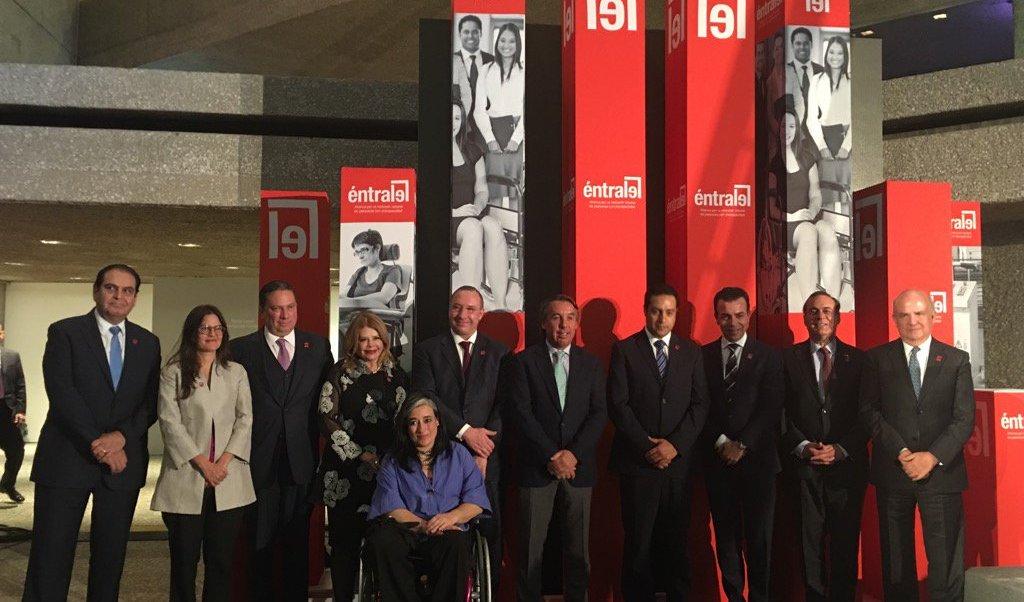 El primer aniversario de 'Éntrale' se realizó en el Museo Rufino Tamayo. (Twitter: @anamasa5)