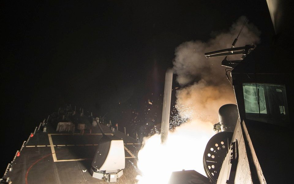 Estados Unidos atacó con varios misiles a Siria.