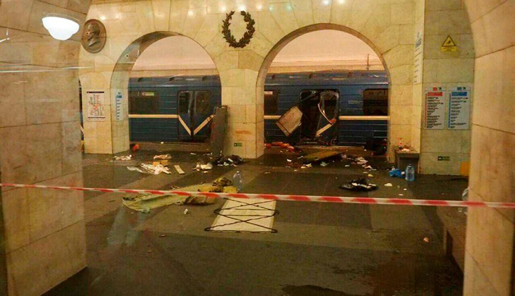 El presidente Peña Nieto expresa sus condolencias a familiares de las víctimas de las explosiones en el Metro de San Petersburgo. (AP)