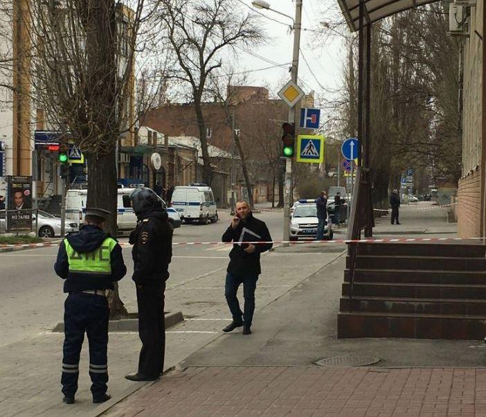 """Un barrendero resulta herido y pierde los dedos de una mano al estallar """"un objeto sospechoso"""" que había recogido del suelo cerca de un colegio en la ciudad rusa de Rostov del Don. (Archivo)"""