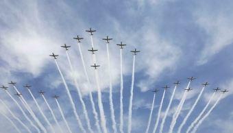 La Feria concluyó con un espectáculo aéreo (Twitter @SCT_mx)
