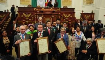 Seis científicos mexicanos fueron galardonados en la Asamblea Legislativa. (Twitter: @AsambleaDF)