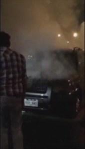 Camioneta se incendia sobre Paseo de la Reforma y calle Carbajal, Ciudad de México (Noticieros Televisa)